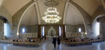 Ереван, внутри храма (5 мая 2010)